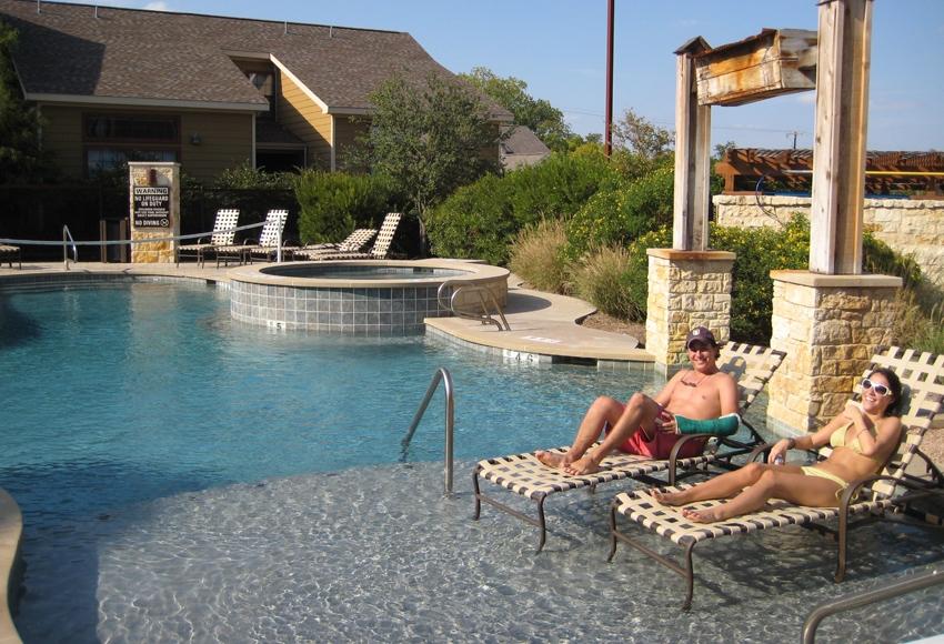 Bandera Ranch - Baylor Apartments & Off-Campus Housing