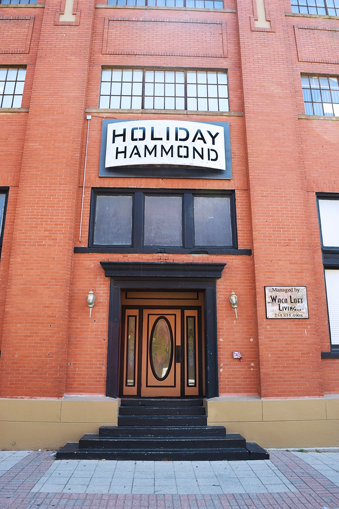 Holiday Hammond Lofts